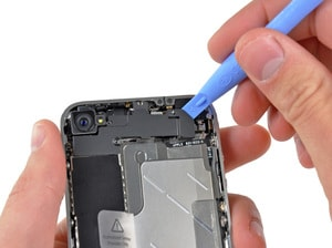 How to Clean iPhone Speaker (iPhone 4)