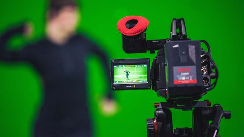 Top 10 Free Online Video/ Photo Editor with Green Screen Chroma Key Function