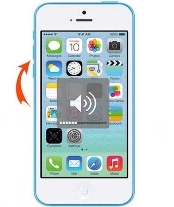 iPhone Lautstärketaste drücken