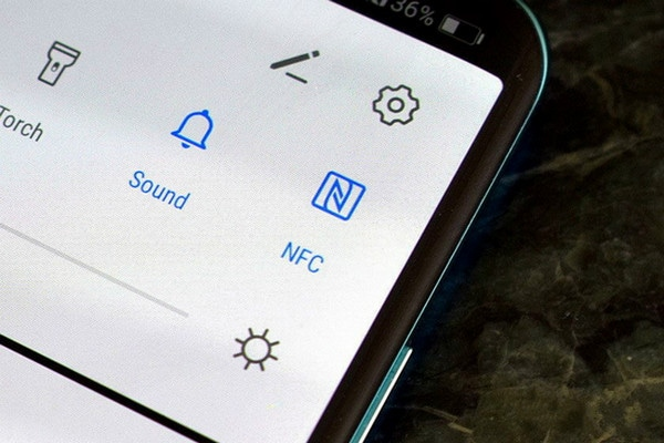 Transfer Photos from Android to Android-by NFC