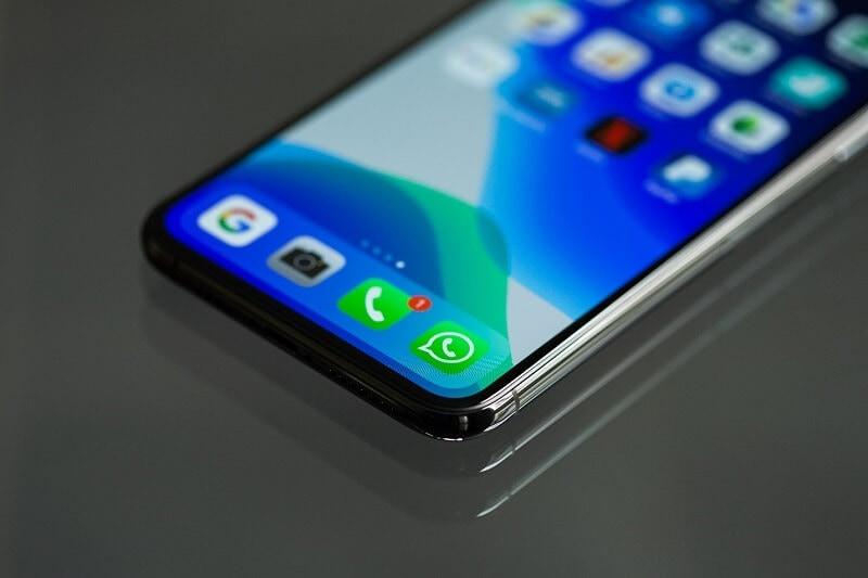 Whatsapp al telefono