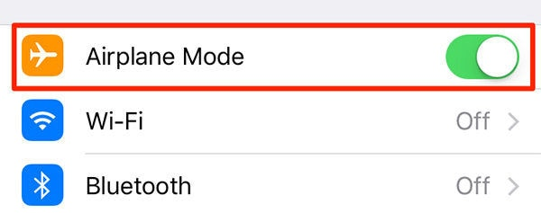 turning airplane mode on and off in iphone device