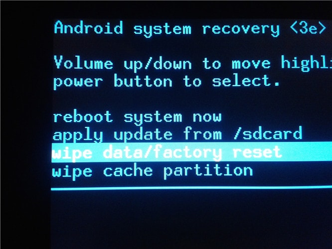factory reset to fix phone stuck on boot screen