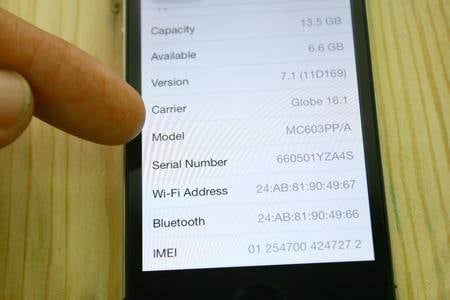 how to identify refurbished iPhone 5c
