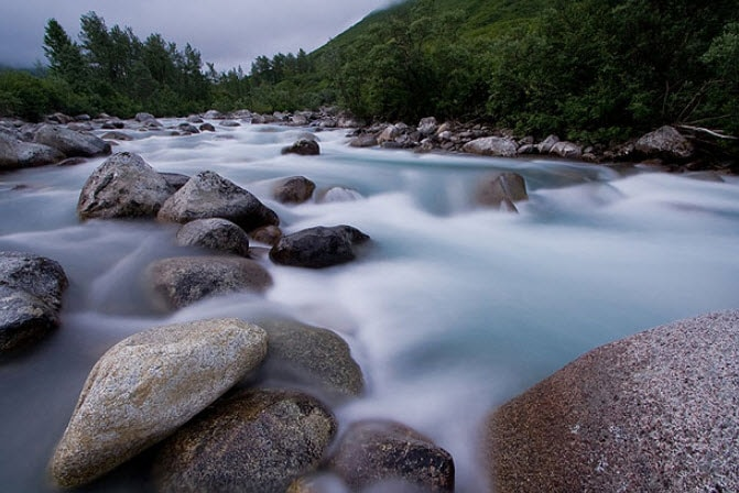flowing-water-long-exposure