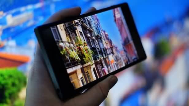 sony-xperia-xz-premium-display