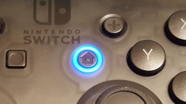 switch-pro-controller-syncing-button