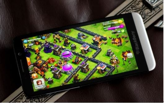 download clash of clans on Blackberry