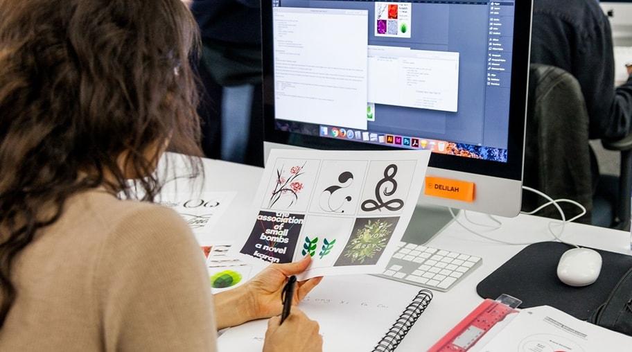 平面设计就业前景如何