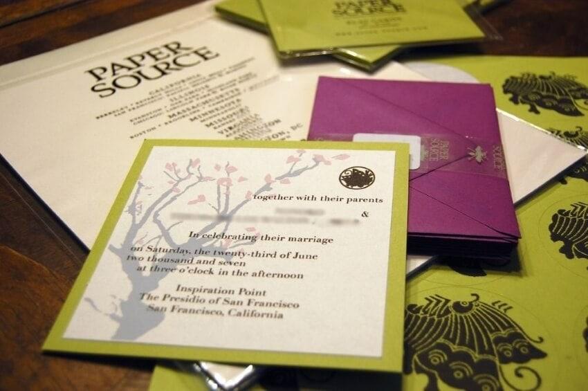 make a perfect wedding invitation card