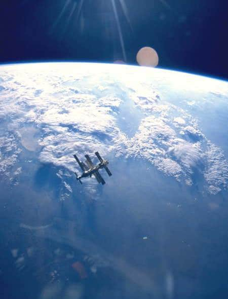 Hottest iphone wallpapers on tumblr-iss in orbit
