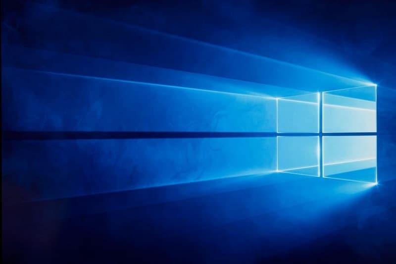 Disable Windows 10 Update Banner