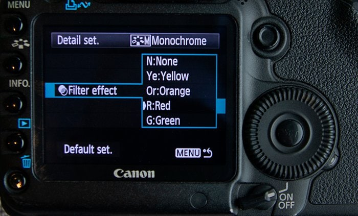 fix camera taking black pictures through monochrome mode