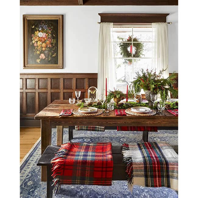 Winterberry Farm Table