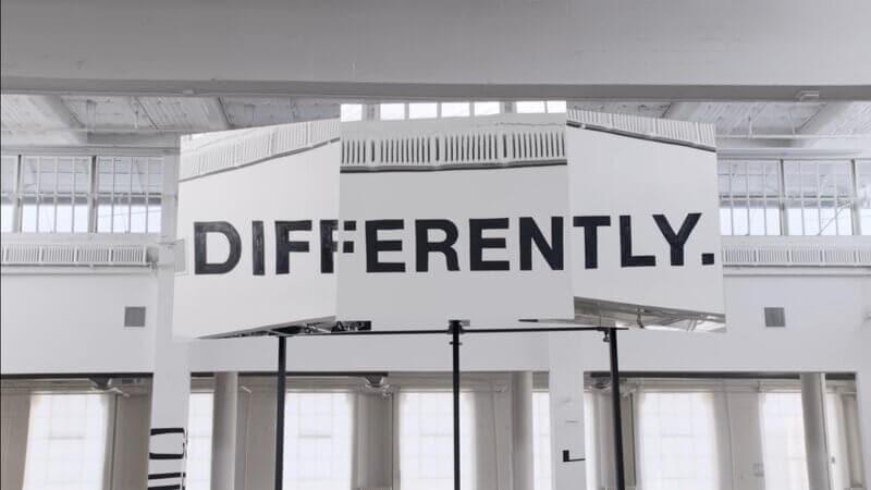 advertising video - APPLE