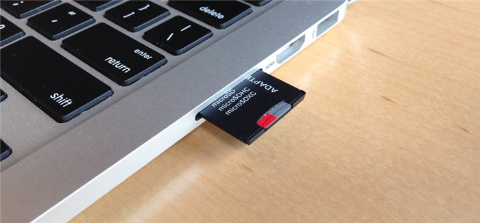 insert SD card adapter