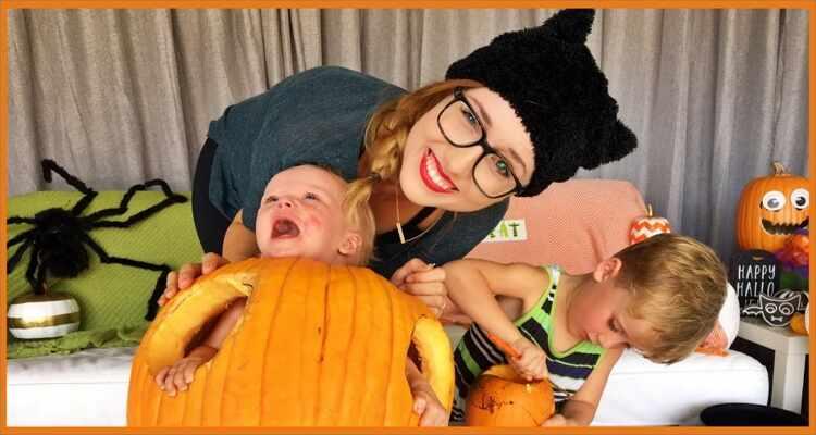 Halloween Costume Ideas  - Lovely Pumpkin