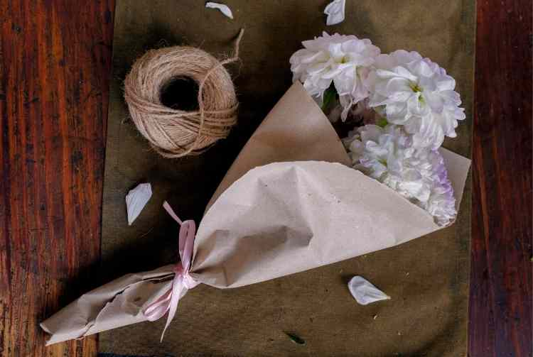 Wrapping Paper Bouquet